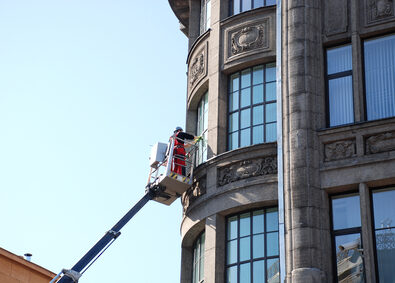 High level window cleaning on building